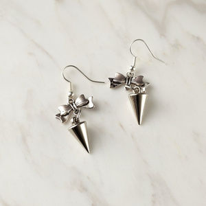 Jewelry - Bow and spike dangle earrings